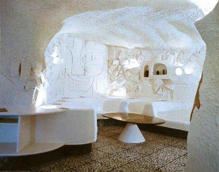 1973 – Salle commune. Haute Nendaz. Suisse.