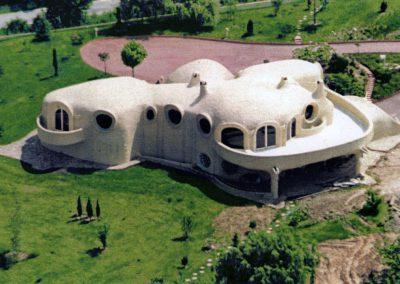 1976 – Résidence secondaire avec piscine. Lissieu, près de Lyon. France.