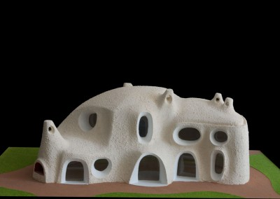 2001 – Petit musée de sculpture contemporaine. Fondation privée. Aux environs de Venise. Italie.