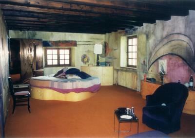 1974 – Dans une ancienne ferme. Coponex. France